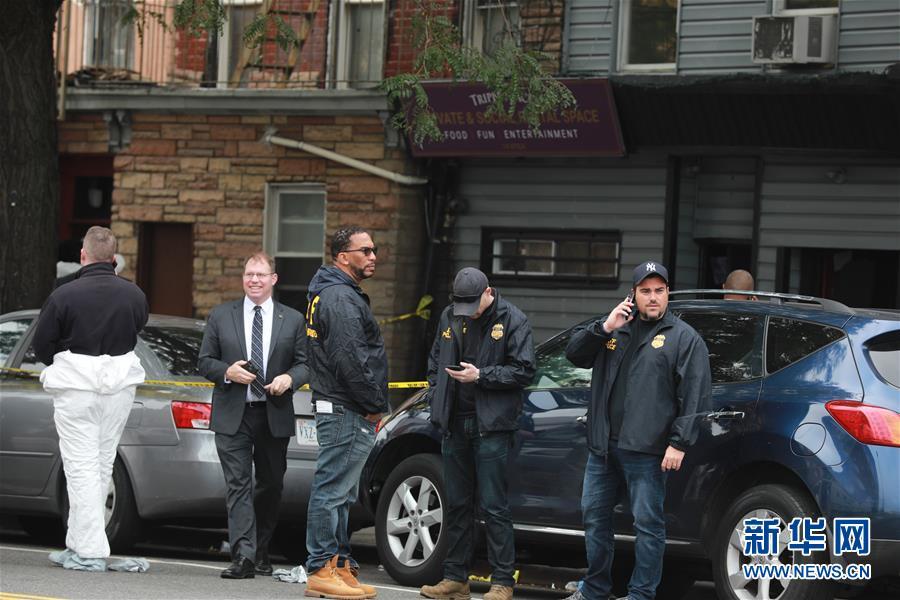 (国际)(3)美国纽约一地下赌场发生枪击案4死3伤