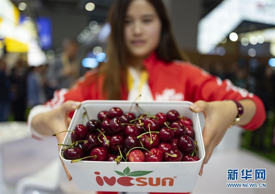 (新华全媒头条·图文互动)(5)中国市场 世界共享——进博会勾勒共赢画卷