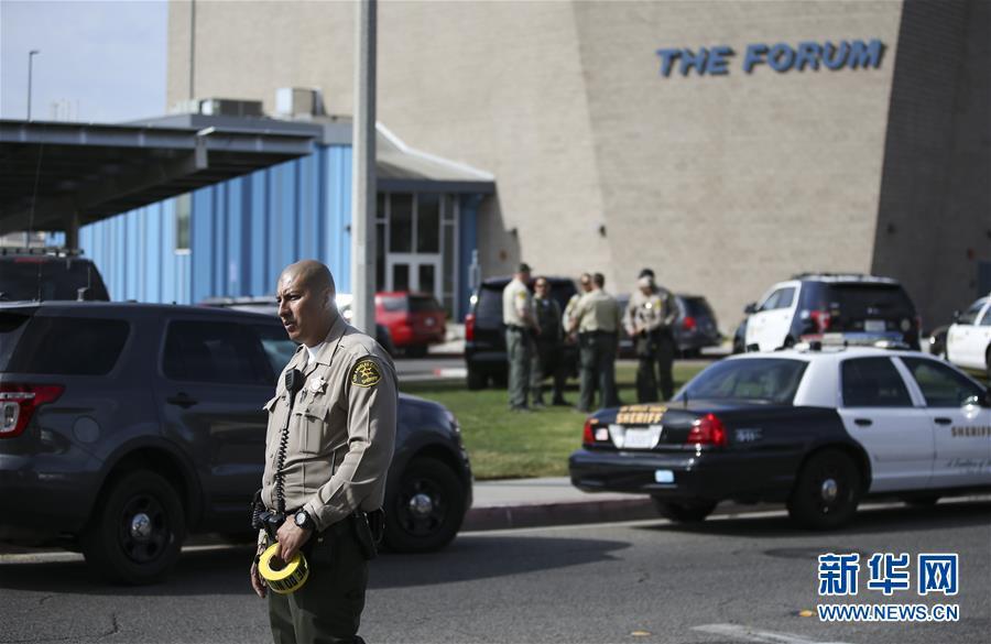 (国际)(2)美国加州一高中发生枪击案致2死4伤