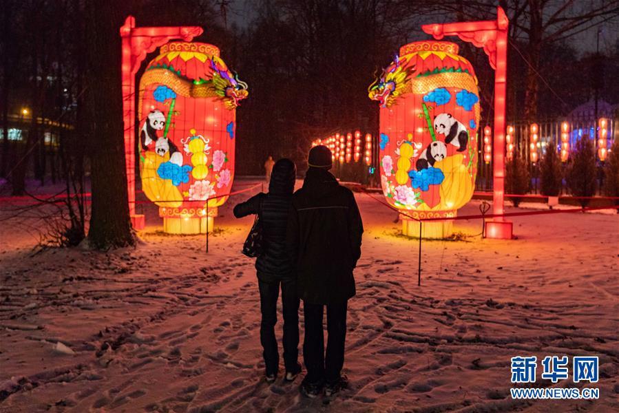 (國際)(2)中國彩燈節在莫斯科開幕
