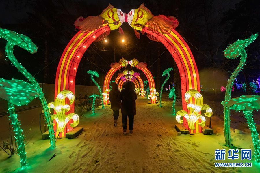 (國際)(5)中國彩燈節在莫斯科開幕