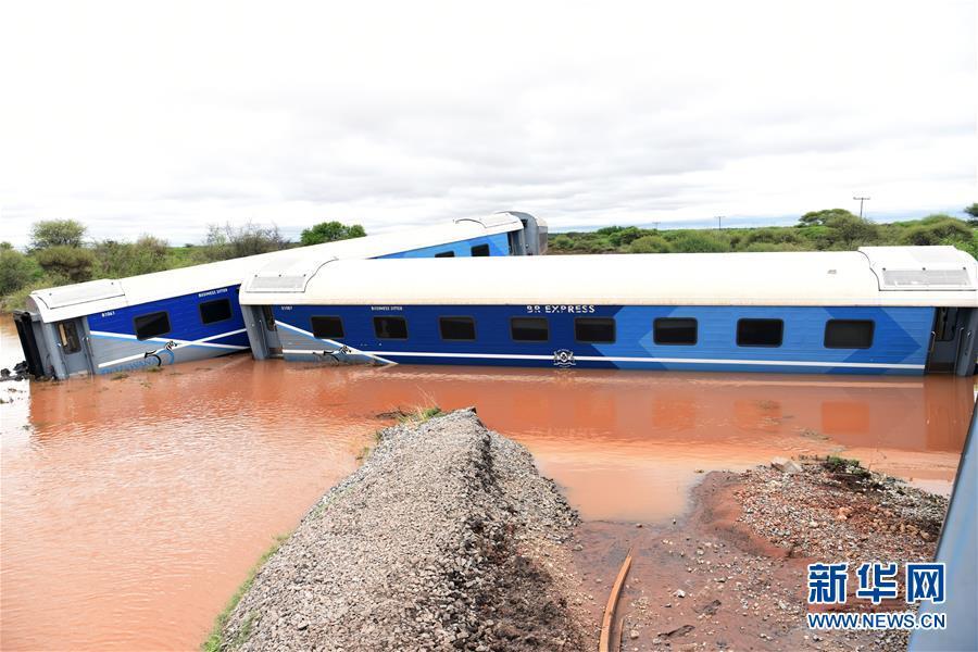 (國際)(1)博茨瓦納一列車脫軌2人死亡