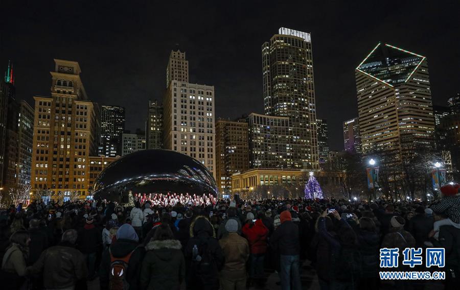 芝加哥千禧公园的圣诞欢歌