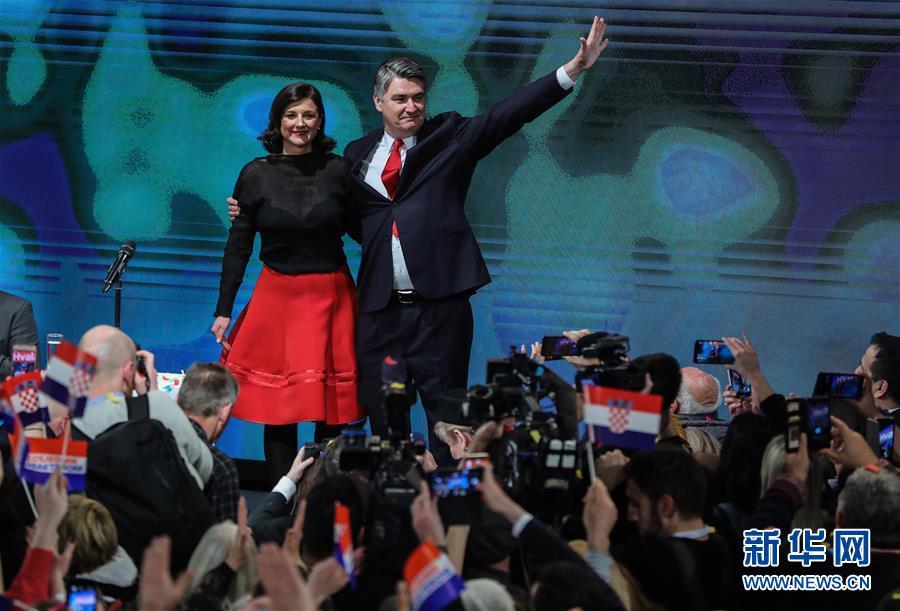 (国际)(1)克罗地亚前总理米拉诺维奇当选新总统