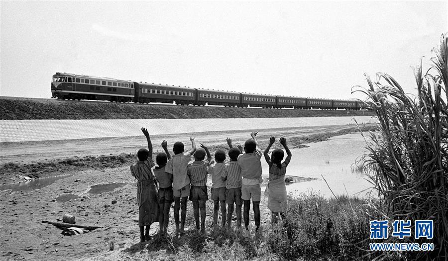 (新华全媒头条·图文互动)(7)中国外长连续30年首访均赴非洲 中非友好历久弥坚