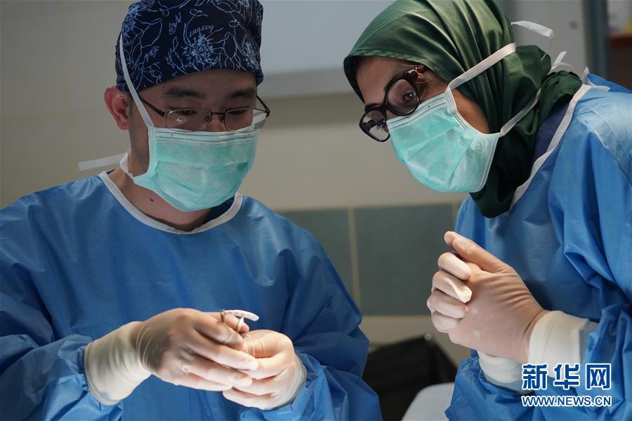 (国际·图文互动)(4)为马尔代夫留下一支不走的眼科医疗队