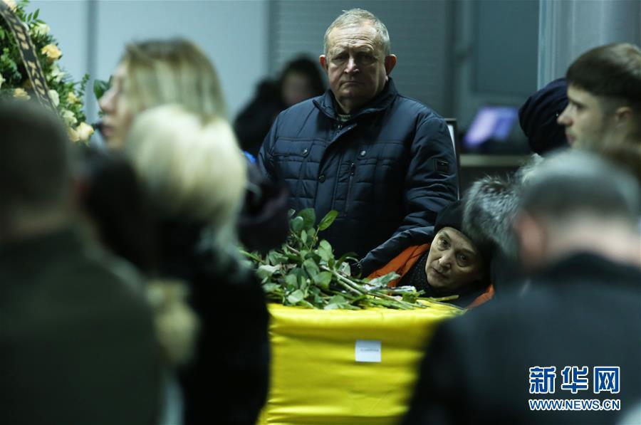 (國際)(3)烏航客機事件中烏克蘭遇難者遺體被運送回國