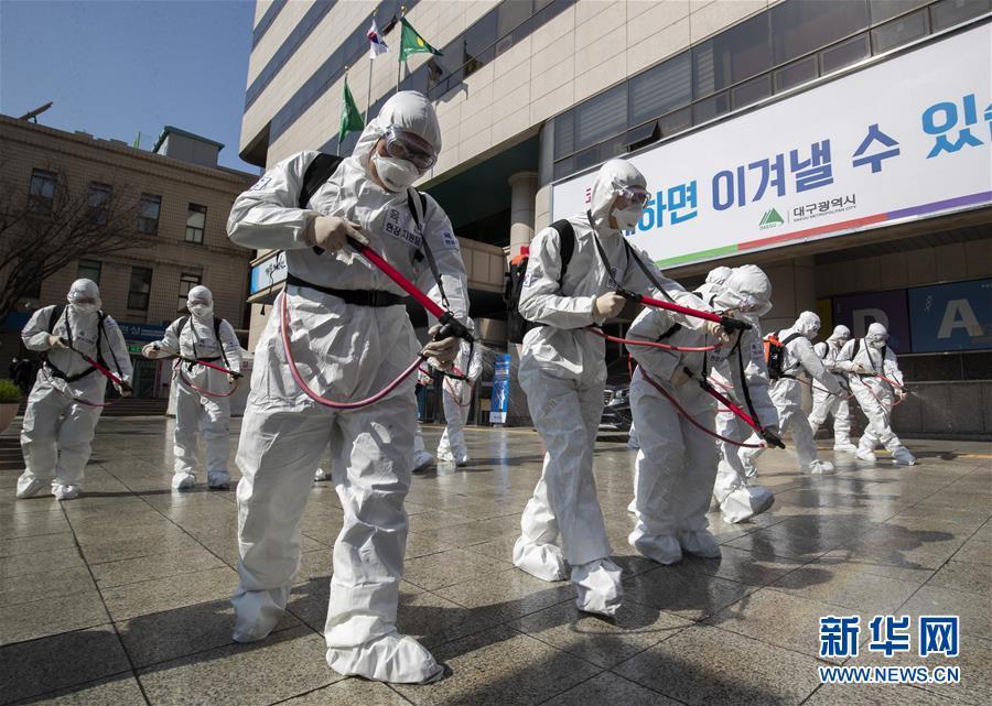 (国际)(1)命运与共 携手抗击疫情