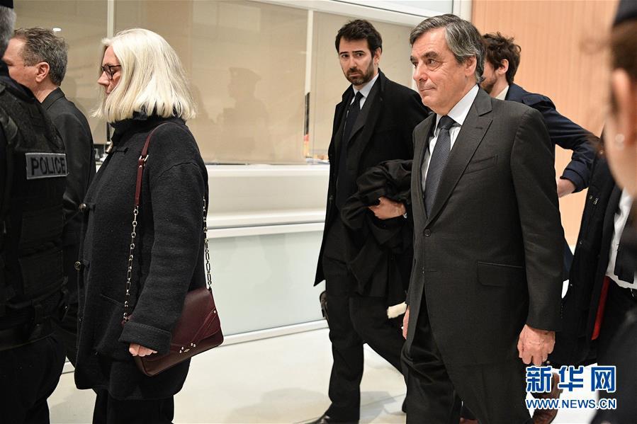 (國際)(1)法國檢方要求法院對前總理菲永夫婦判刑並重罰