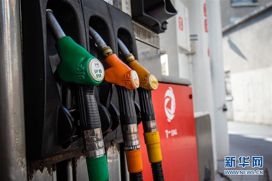 (國際)(5)減産計劃未及預期 國際油價再次下跌