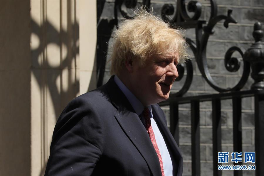 (国际)(2)英国首相前往议会进行首相问答