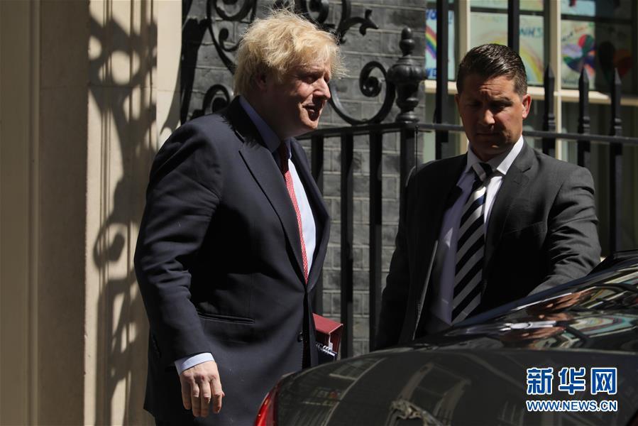 (国际)(4)英国首相前往议会进行首相问答