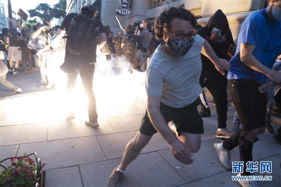 (国际)(5)华盛顿民众抗议警察暴力执法
