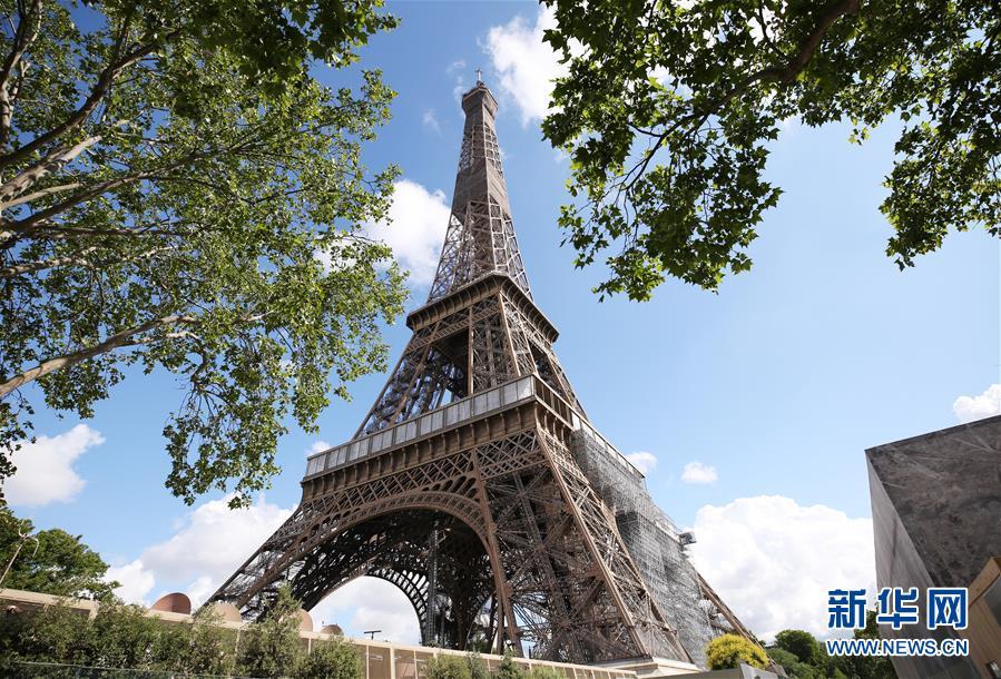 (国际疫情)(1)巴黎:埃菲尔铁塔准备重新开放