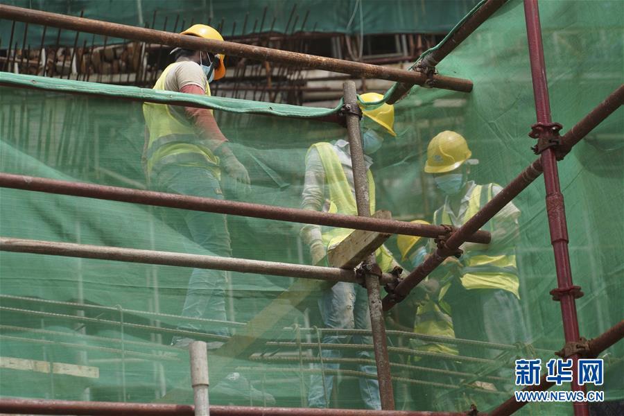 (国际·图文互动)(2)中国港湾科伦坡房建项目复工目击记