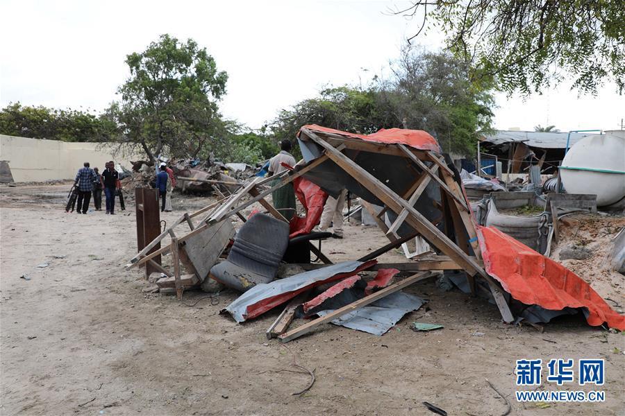 (國際)(1)索馬裏首都汽車炸彈襲擊致1死7傷