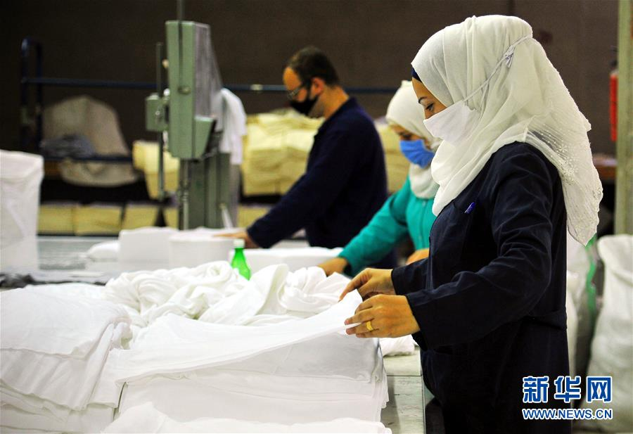 (XHDW)(1)敘利亞:口罩原材料生産忙