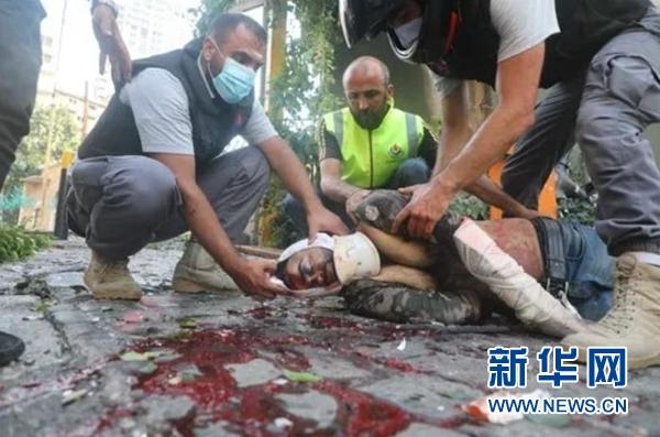 """连线黎巴嫩爆炸现场:""""爆炸威力特别大 整个贝鲁特像发生了一场地震"""""""