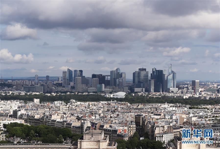 法国经济二季度环比萎缩13.8%