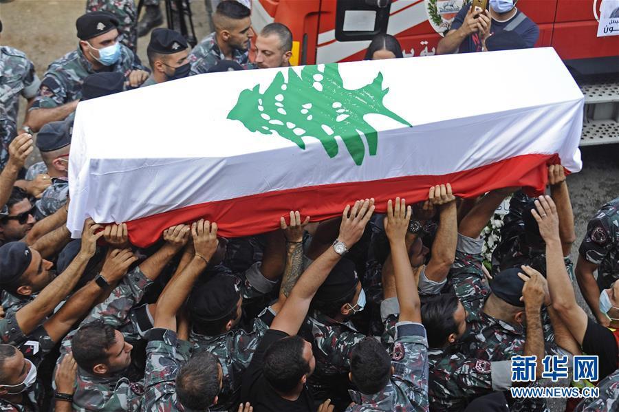 (國際)(1)黎巴嫩貝魯特:送別大爆炸事故犧牲消防員