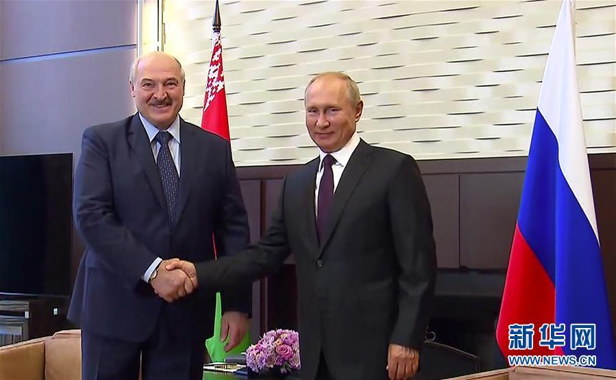 (國際)(1)普京與盧卡申科舉行會晤