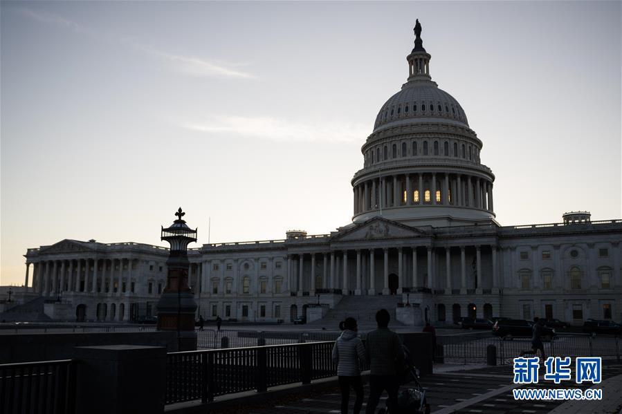 (國際)(1)美國國會參議院批準巴雷特任聯邦最高法院大法官