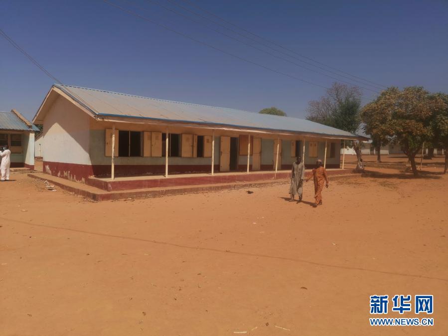 尼日利亚一中学遭袭 目前仍有333名学生失踪
