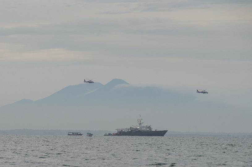 关注|印尼失事客机部分遇难者遗体已打捞 海军发现疑似客机信号