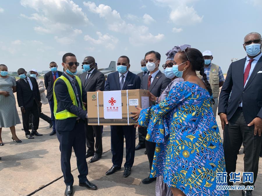 关注:首批中国援助新冠疫苗10日运抵刚果(布)