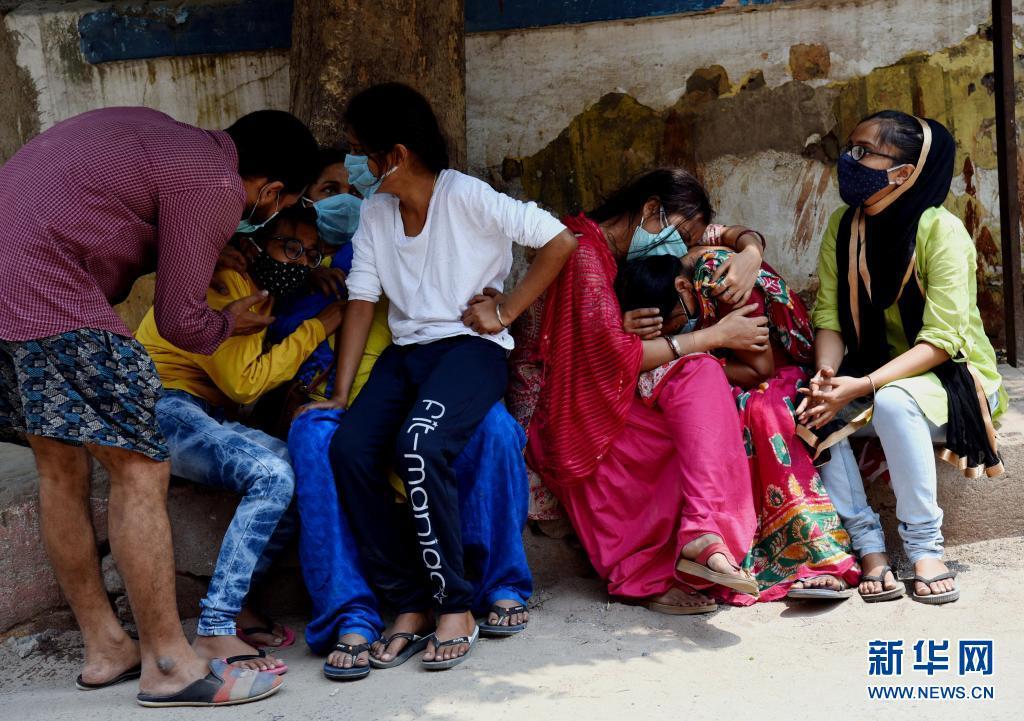 居高不下 印度官员表示该国第三波新冠疫情不可避免