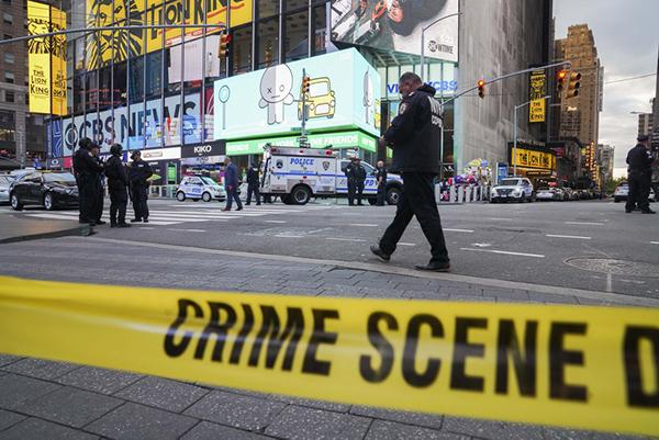 美国纽约时报广场枪击案正在调查中 嫌疑人尚未归案
