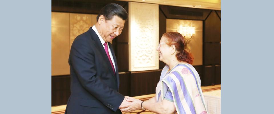 習近平會見印度人民院議長馬哈詹