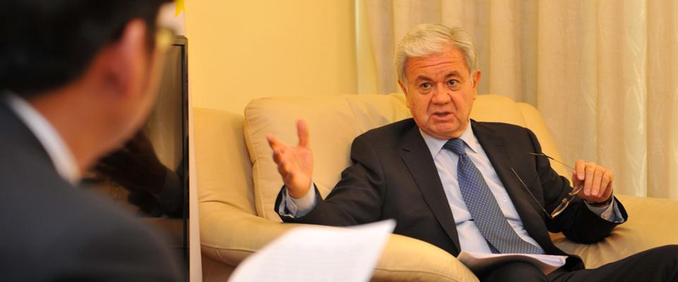 新華網專訪塔吉克斯坦駐華大使拉希德·阿利莫夫