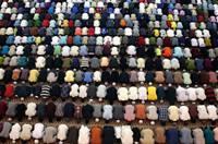 多國穆斯林舉行特別禱告迎接齋月到來
