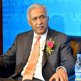 專訪巴基斯坦前總理阿齊茲
