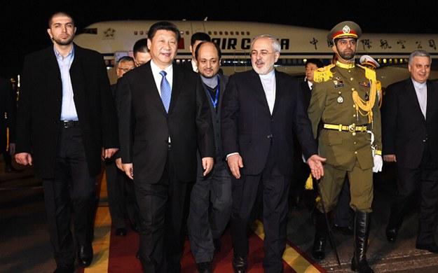 習近平抵達德黑蘭開始對伊朗進行國事訪問