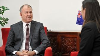 獨家專訪新西蘭駐華大使麥康年