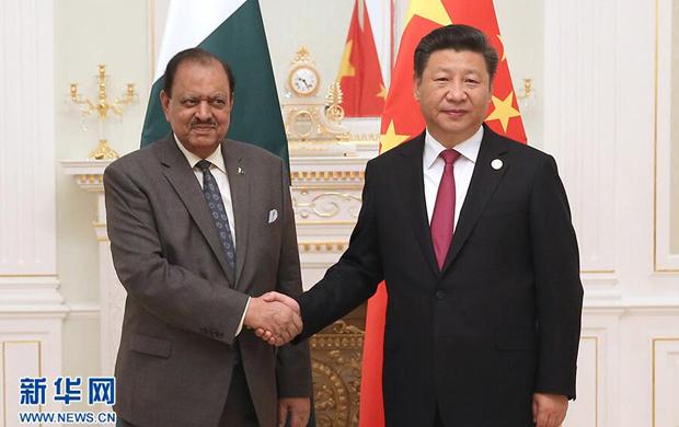 習近平會見巴基斯坦總統