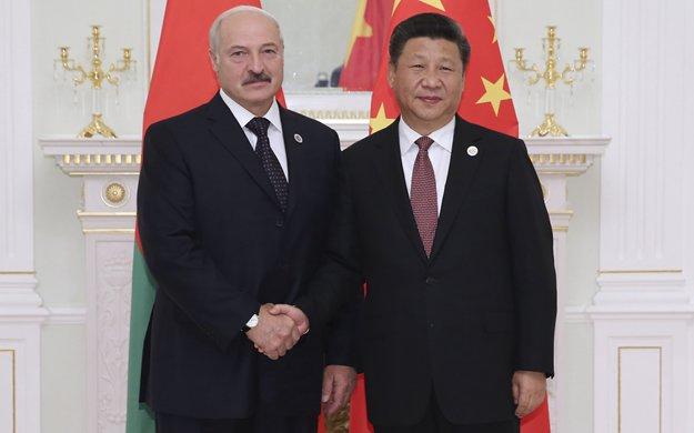 習近平會見白俄羅斯總統