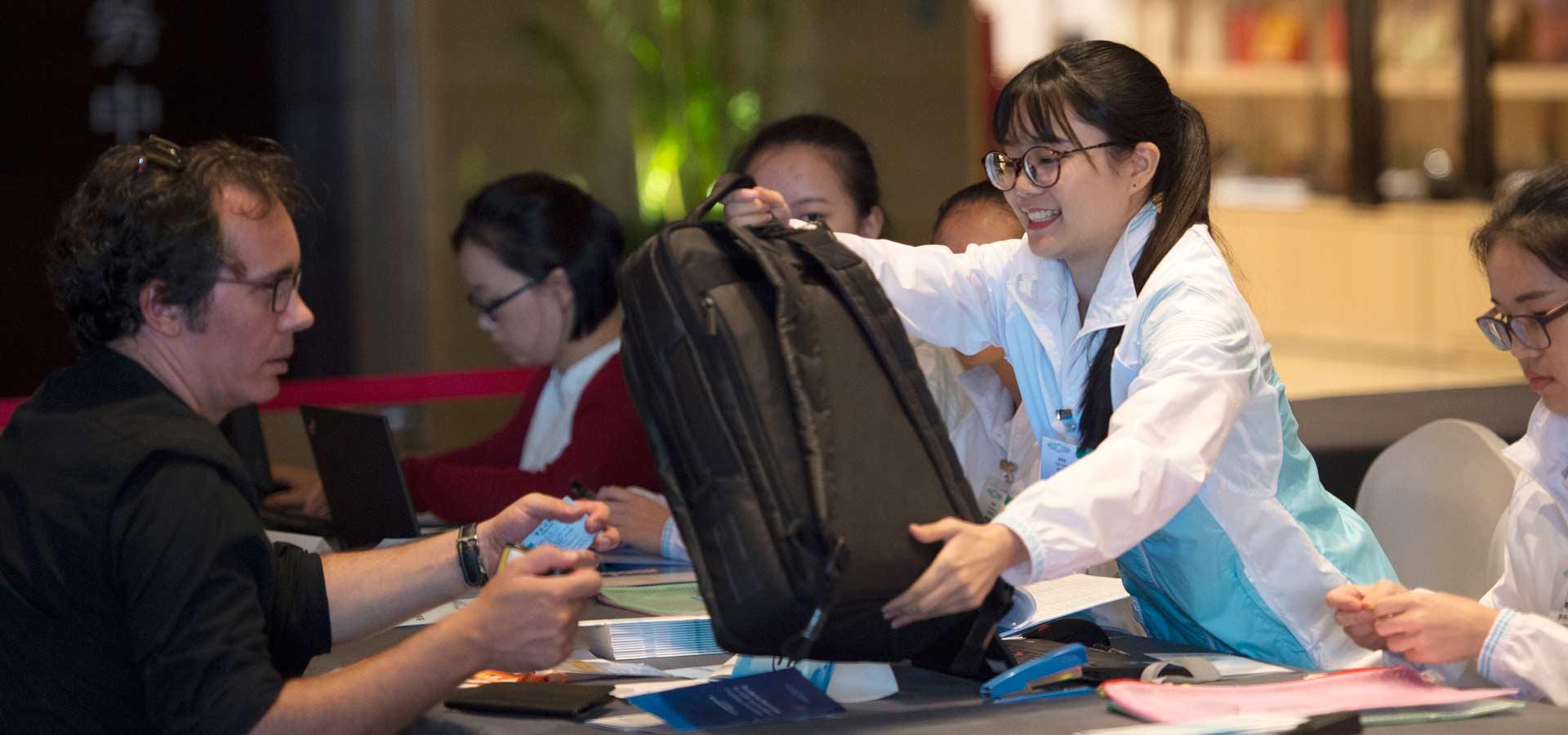 境外媒體記者辦理G20杭州峰會證件