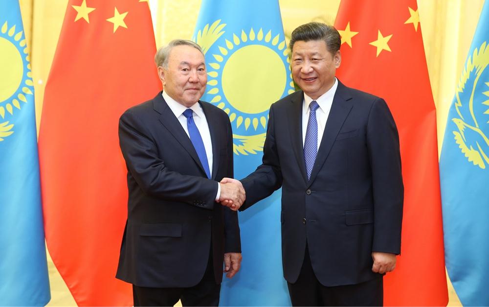 习近平会见哈萨克斯坦总统纳扎尔巴耶夫