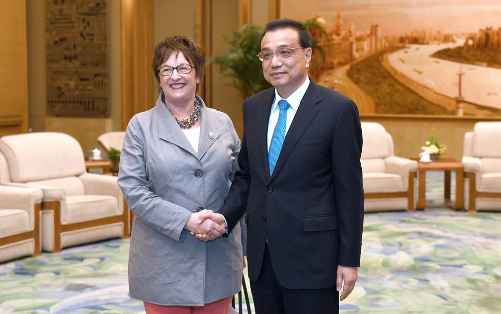 李克强会见德国总理特别代表、经济和能源部长齐普里斯