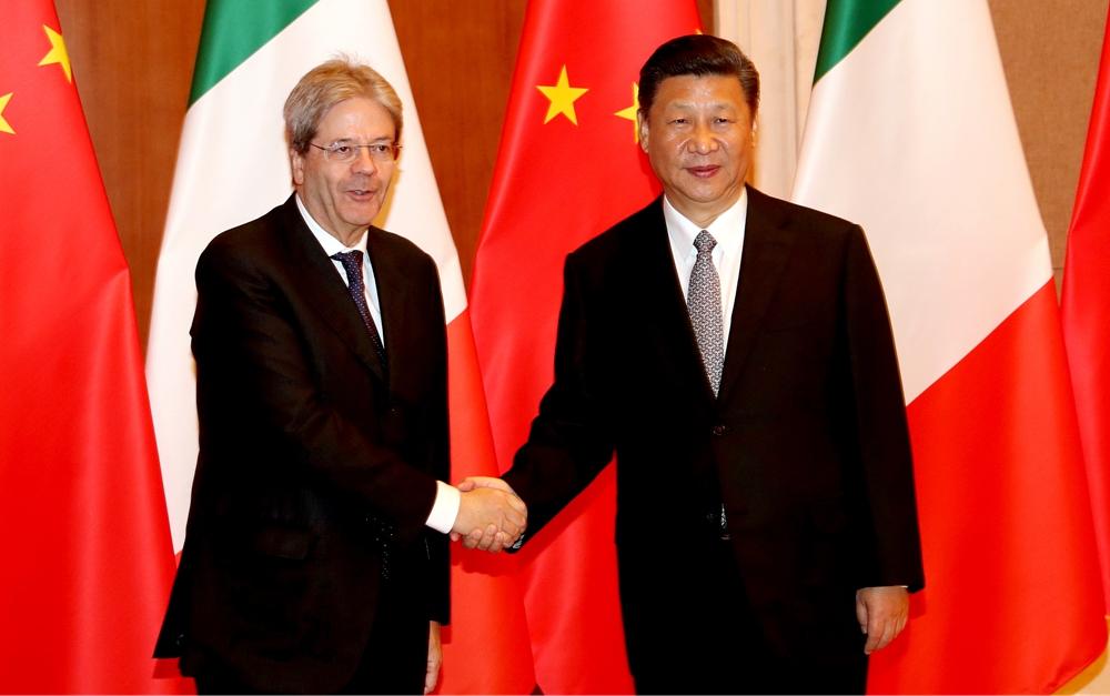 习近平会见意大利总理真蒂洛尼