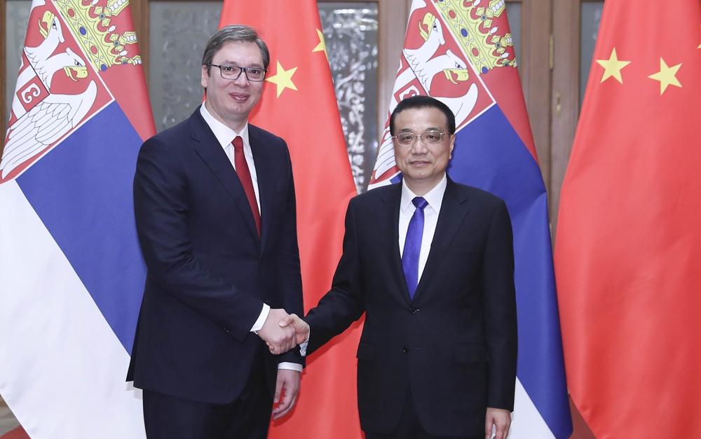 李克强会见塞尔维亚总理、当选总统武契奇