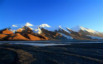 中國青海省可可西裏正式列入世界遺産名錄