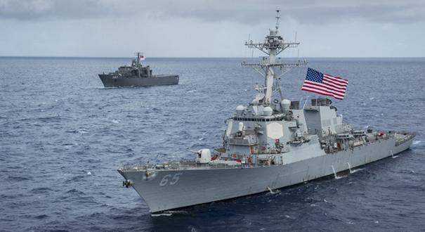 """美國海軍第7艦隊又""""中招"""" 與日本拖船發生碰撞"""