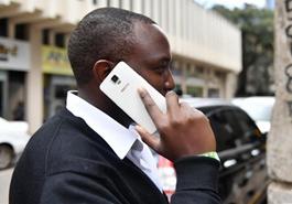 上亿非洲人用上传音手机