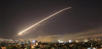 特朗普宣布對敘進行精準軍事打擊