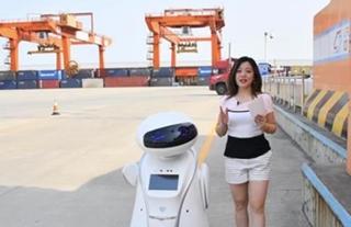 機器人帶你通關!青島與上合問與答