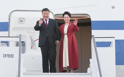 習近平抵達馬德裏開始對西班牙王國進行國事訪問